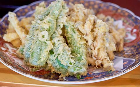 地元野菜の天ぷら